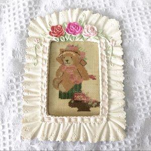 Other - Vintage framed bear needlepoint